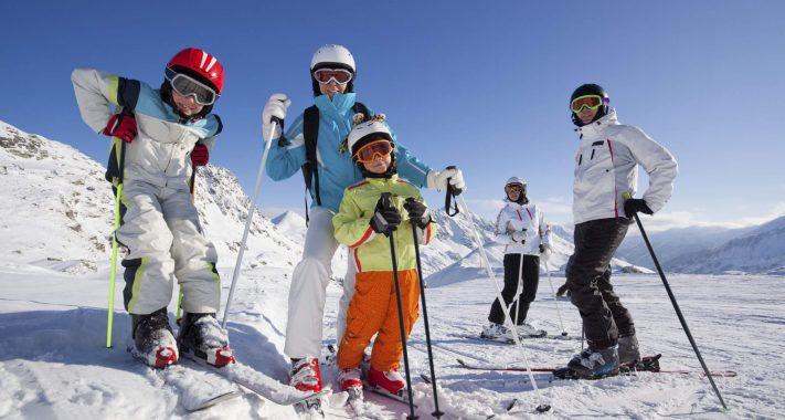 Sicher durch den Winterurlaub – diese Wintersport-Versicherungen sind wirklich wichtig