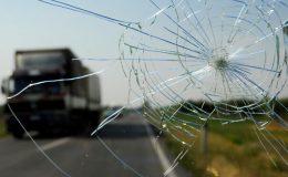 Windschutzscheibe Steinschlag - Versicherung
